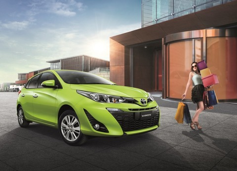 2018-Toyota-Yaris-Thailand-front-three-quarters
