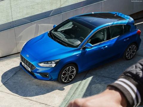 Ford-Focus_ST-Line-2019-1600-07