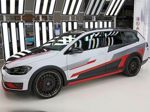 Volkswagen-Golf_Variant_TGI_GMotion_Concept-2018-1600-02