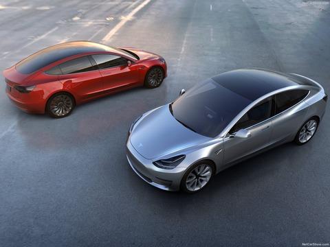 Tesla-Model_3-2018-1600-09