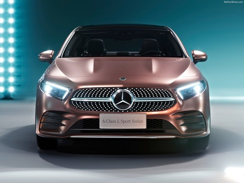 Mercedes-Benz-A-Class_L_Sedan_CN-Version-2019-1600-07