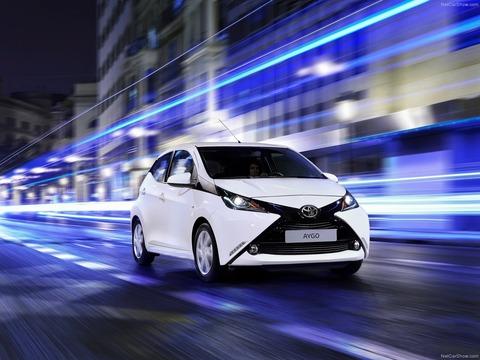 Toyota-Aygo-2015-1600-04