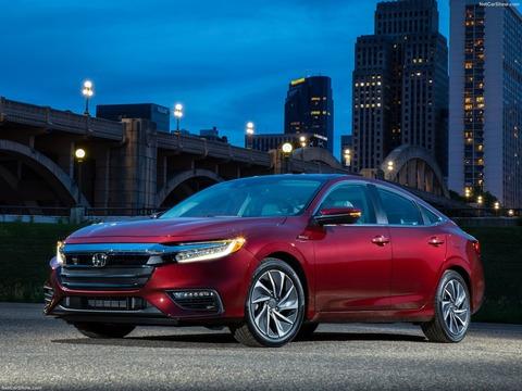 Honda-Insight-2019-1600-01