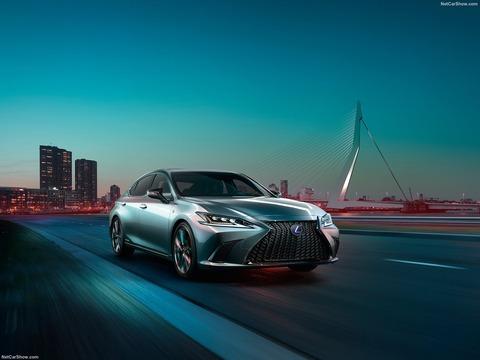 Lexus-ES-2019-1600-0a