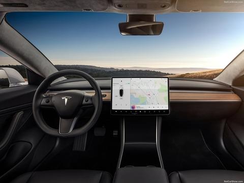Tesla-Model_3-2018-1600-0a