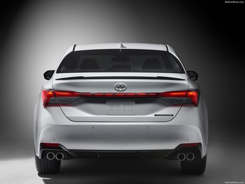 Toyota-Avalon-2019-1600-2d