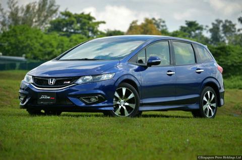 Honda-Jade_main-750x497