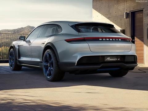 Porsche-Mission_E_Cross_Turismo_Concept-2018-1600-0d