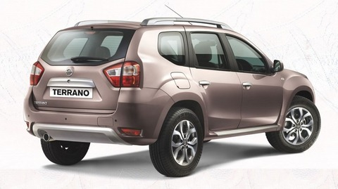 2016-Nissan-Terrano-rear-view