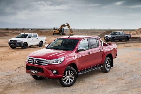 2016-Toyota-HiLux-range