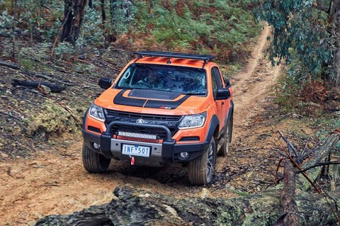 2018-Holden-Colorado-Z71-Xtreme-bull-bar