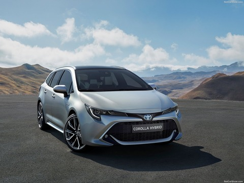 Toyota-Corolla_Touring_Sports-2019-1600-01
