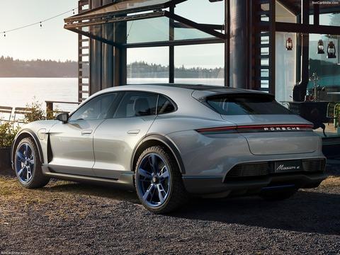 Porsche-Mission_E_Cross_Turismo_Concept-2018-1600-0b