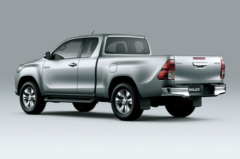 toyota-hilux-india-bound-design