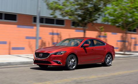 2017-Mazda-6-101
