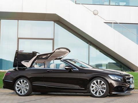 Mercedes-Benz-S-Class_Cabriolet-2018-1600-04