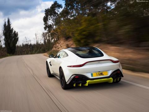 Aston_Martin-Vantage-2019-1600-37
