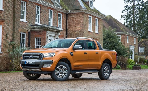 2015-Ford-Ranger-Wildtrak-Euro-Spec-front-three-quarter-02