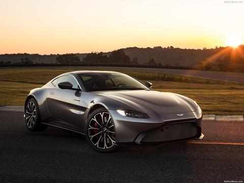Aston_Martin-Vantage-2019-1600-01