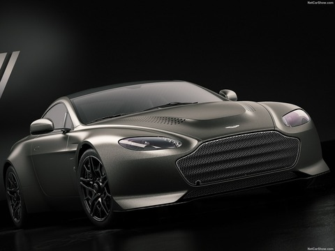 Aston_Martin-V12_Vantage_V600-2018-1600-01