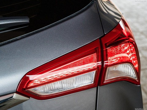 Buick-Envision-2019-1600-0e
