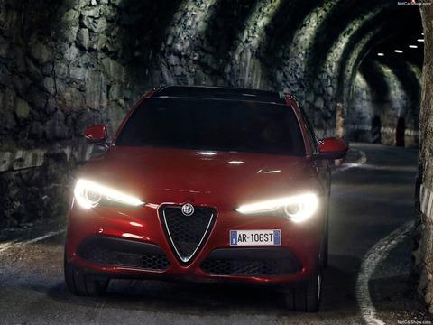 Alfa_Romeo-Stelvio-2018-1600-95