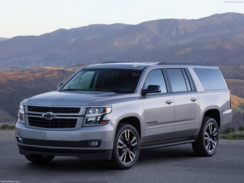 Chevrolet-Suburban_RST_Performance_Package-2019-1600-02