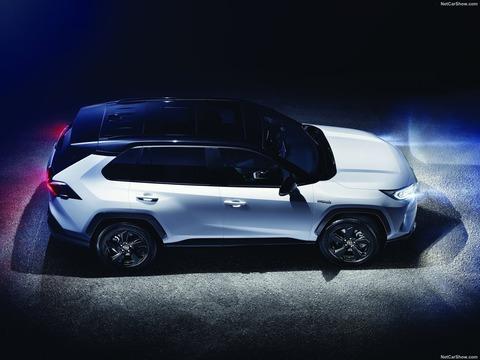 Toyota-RAV4-2019-1600-0f