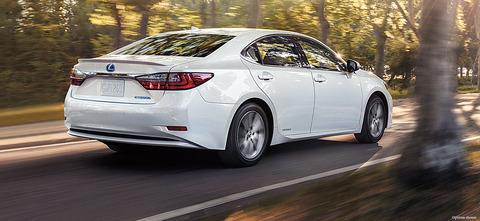 Lexus-ES-hybrid-style-overview-1204x555-LEX-ESH-MY16-0015_01