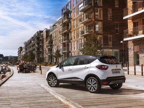 Renault-Captur-2018-1600-34