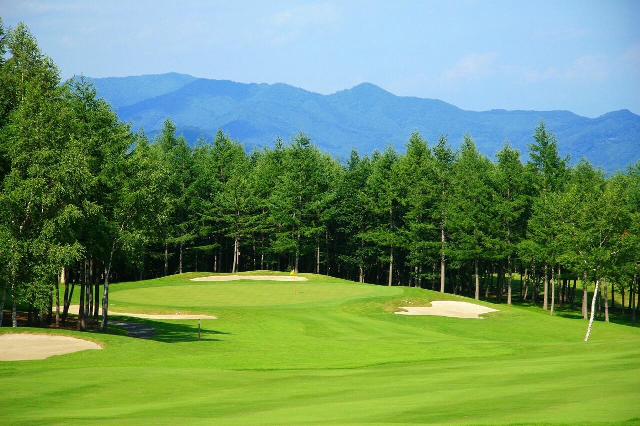 ゴルフ 草津 場 温泉
