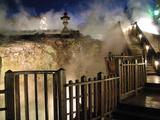 草津温泉湯畑の夜の写真