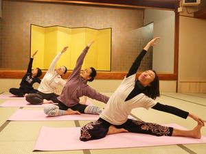 yoga-j-1