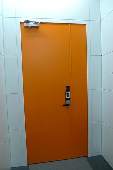 CNET 秘密のドア