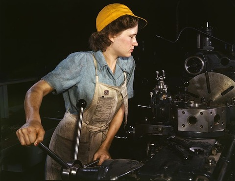 778px-WomanFactory1940s