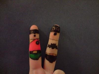 08-fingers-art
