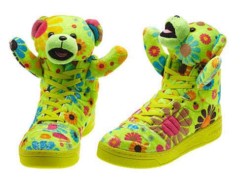jeremy-scott-bears-fall-2012-03