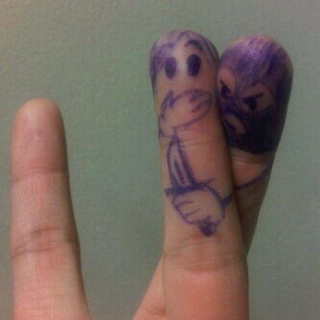 04-fingers-art
