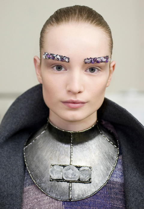 bejeweled-eyebrows