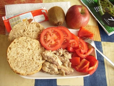 worldly_school_lunches_640_24