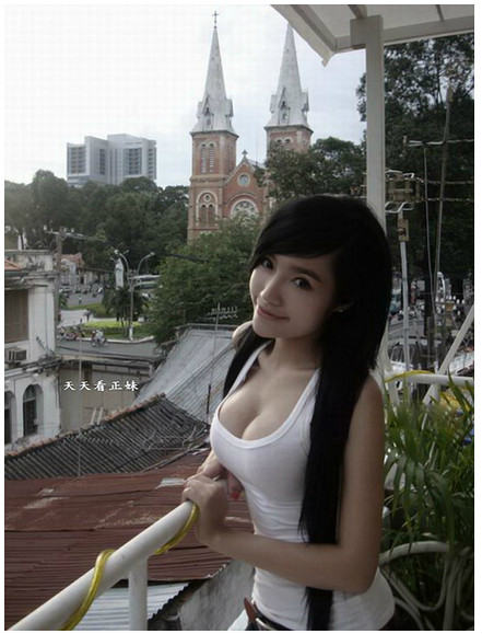 Elly-Tran-Ha03