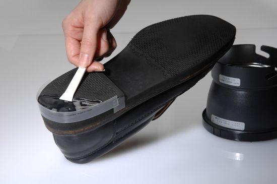 靴底(ラバー)がはがれたときに、修理できる接着剤があった  靴底 修理 は自分でできる