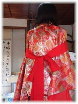 平安衣装2