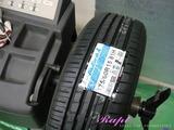 トヨタ ラウム タイヤ交換