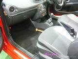ルノー ルーテシアRS 車内クリーニング
