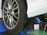 スバル インプレッサWRX STI パンク修理