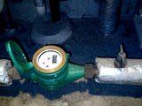水道メーターと90°コック 閉める