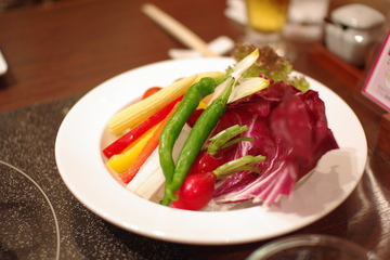 オーガニック野菜のオリジナルバーニャカウダ風