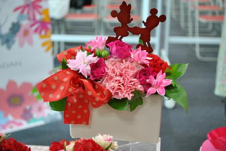 【日比谷花壇オリジナル】 母の日ギフト コラボ☆ディズニーのフラワーギフト