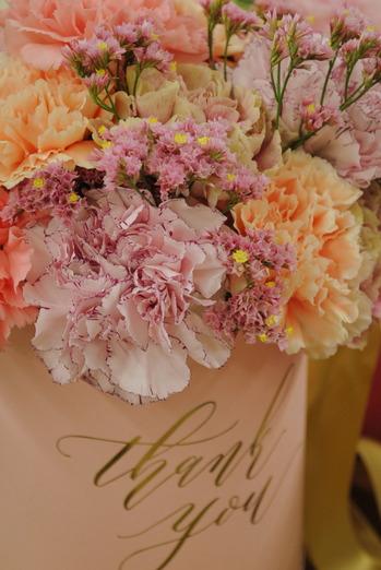 日比谷花壇 2019年 母の日ギフト インスタで話題のメッセージフラワーボックス